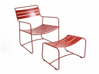 Surprising tiefer Sessel und Fussablag..